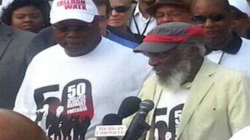 Dick Gregory on the front line for justice
