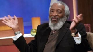 Dick Gregory speaks on Black Men in Media & Obama Politics